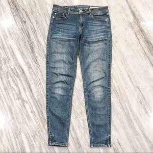 {Zara} Basic Denim Mid Rise Skinny Jeans